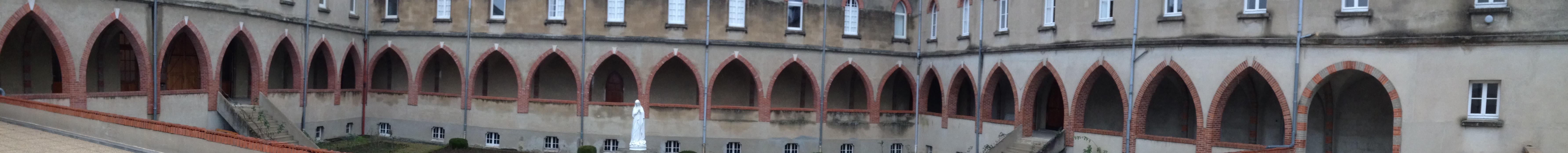 Cloïtre du Monastère des Dominicaines de Paray-le-Monial